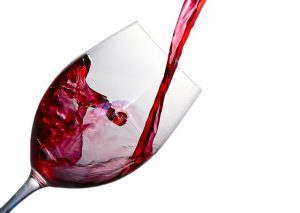 wine-1543170_640