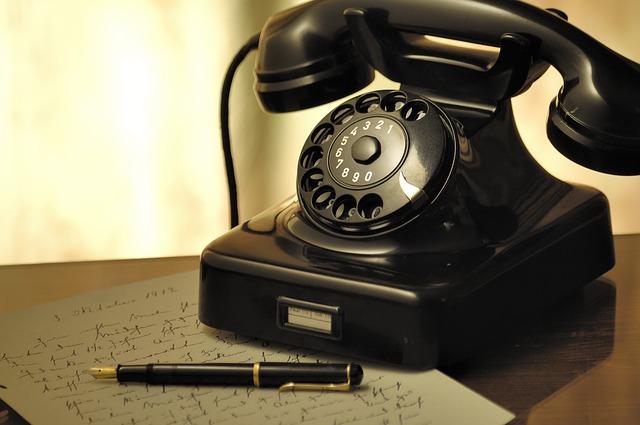 固定電話がつながらない、ツーツーツーと発信音がしない時の原因と対処法